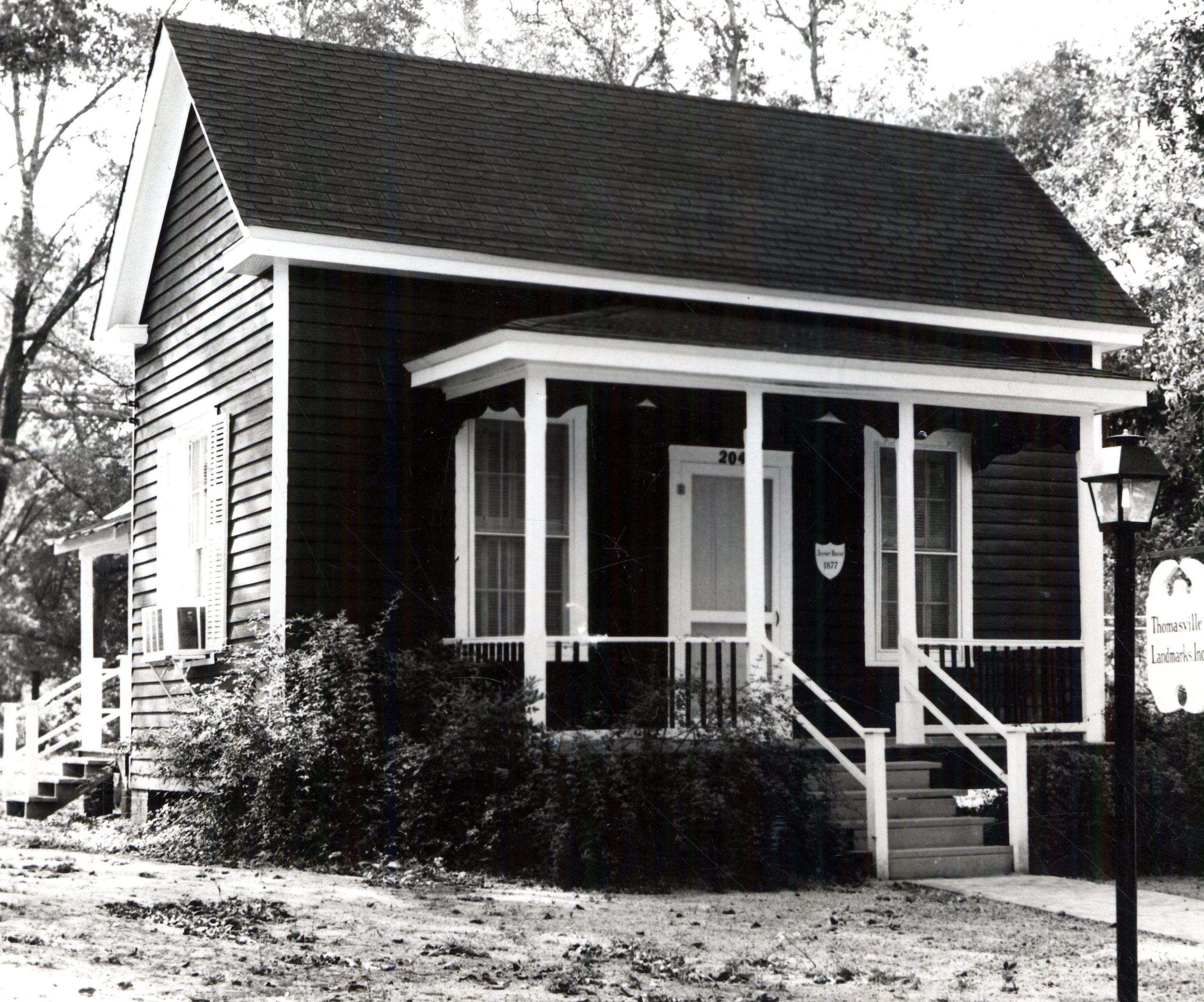 Joyner House - Landmarks Headquarters - 1969 01